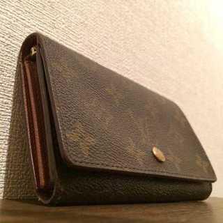 ルイヴィトン(LOUIS VUITTON)の美品 本物 ルイ ヴィトン モノグラム 二つ折り財布(財布)