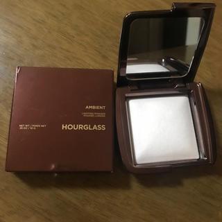 Sephora - HOURGLASS  Ambient Light Powder