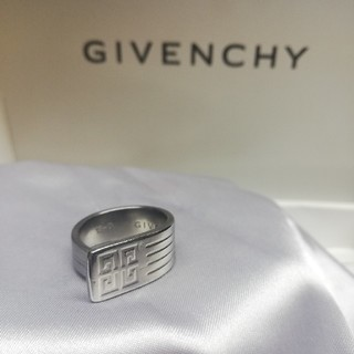 GIVENCHY 18号 リング(リング(指輪))