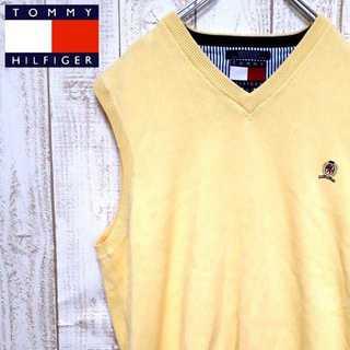 トミーヒルフィガー(TOMMY HILFIGER)の【01-26】トミーヒルフィガー コットンVネックベスト 刺繍ロゴ イエロー(ベスト)
