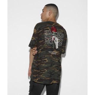 ヴァンキッシュ(VANQUISH)のLEGENDA 薔薇刺繍 限定 カモフラ 迷彩 Tシャツ(Tシャツ/カットソー(半袖/袖なし))