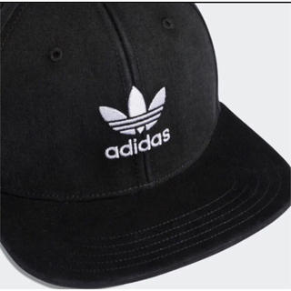 adidas - キャップ フラット 黒