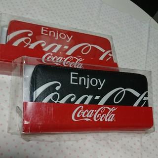 コカ・コーラ - コカ・コーラ ウォレット 赤と黒 未使用