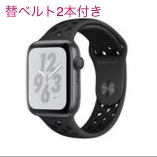 アップル(Apple)のApple Watch Nike+ Series 4 GPSモデル- 44mm(腕時計(デジタル))
