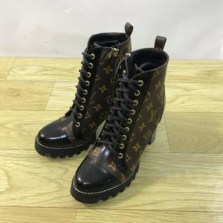 LOUIS VUITTON - LOUIS VUITTON  靴/シューズ ハイヒール ブーツ パンプス  37