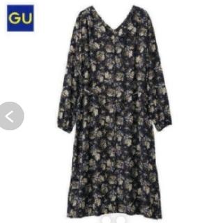 GU - GU 花柄 フラワー シャツ Vネック ワンピース ガウン