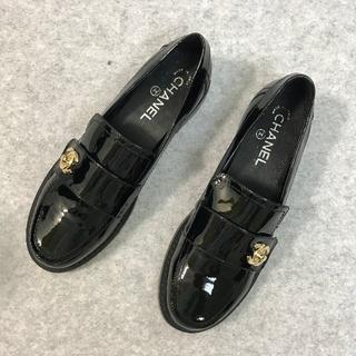 CHANEL - CHANEL  シャネル 靴/シューズ ローファー レザー パンプス 黒 37