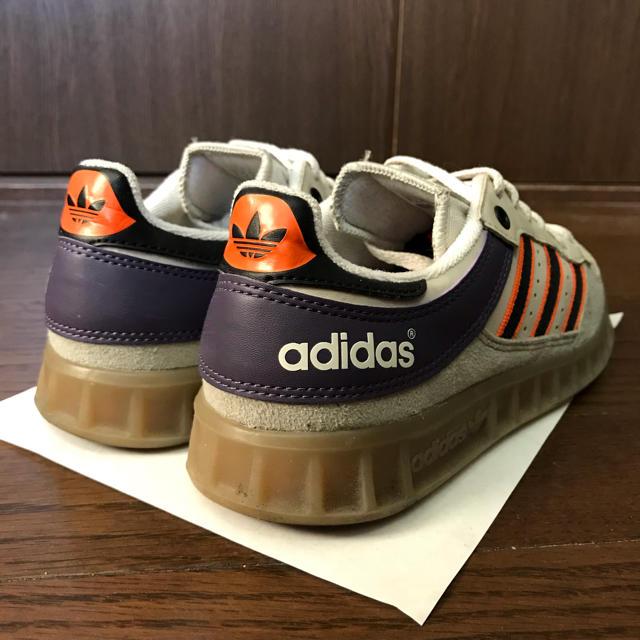 adidas(アディダス)のADIDAS アディダス スエードスニーカー レディースの靴/シューズ(スニーカー)の商品写真