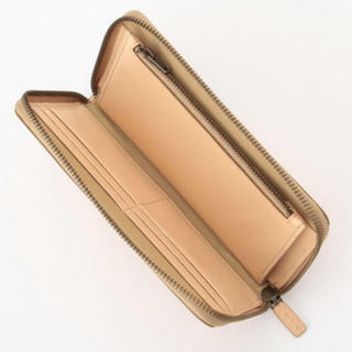 ムジルシリョウヒン(MUJI (無印良品))の【新品】MUJI イタリア産ヌメ革 ラウンドファスナー長財布(財布)