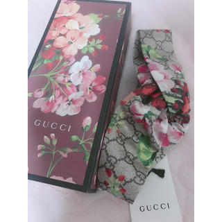 グッチ(Gucci)のくGUCCI ヘッドバンド ボタニカル(ヘアバンド)
