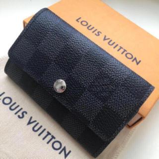 LOUIS VUITTON - 未使用に近い極美品 正規品ルイヴィトングラフィット キーケース