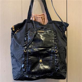 ミュウミュウ(miumiu)の美品 約10万 miumiu ビンテージレザー×ナイロン折り畳み2wayバッグ(ショルダーバッグ)