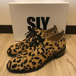 スライ(SLY)のSLY レオパード シューズ(ローファー/革靴)