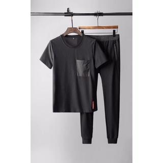 プラダ(PRADA)のPRADAカジュアルウェアセット  Tシャツ+ズボンサイズ:XXL(Tシャツ/カットソー(半袖/袖なし))