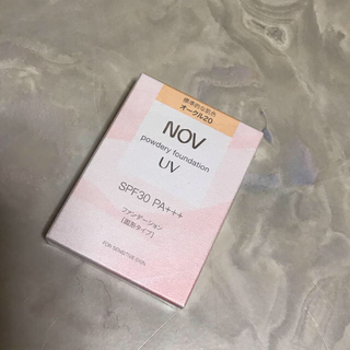 ノブ(NOV)のノブ パウダリーファンデーション UVオークル20(ファンデーション)
