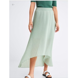 ザラ(ZARA)のZARA ザラ ウォーターグリーン プリーツシフォンスカート XSサイズ(ロングスカート)