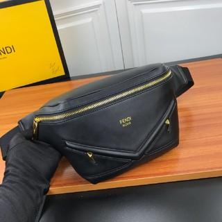 FENDI - FENDI ショルダーベルトバッグ