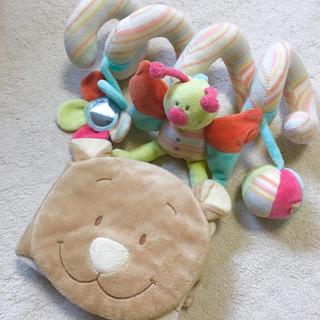 ファミリア(familiar)のヌーキーズ ベビー玩具 ベビーカーおもちゃ ☆セット(知育玩具)