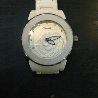 CHANEL - 新品 セラミック製 腕時計
