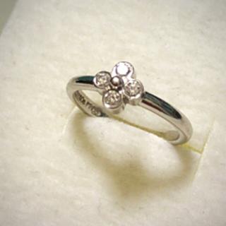 Tiffany & Co. - TIFFNAY  レースダイヤモンド4Pプラチナリング6号