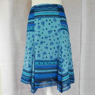 ハナエモリ(HANAE MORI)の美品 アルマアンローズ ハナエモリ上品な花柄スカートサイズMウエスト63センチ(ひざ丈スカート)