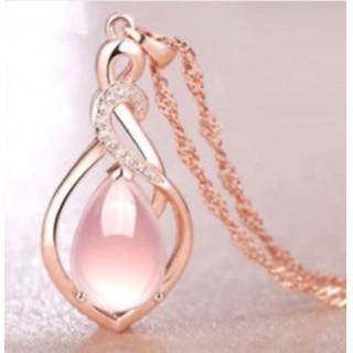 138 ペンダント レディース ピンク水晶