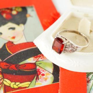 ガーネットの乙女リング ヴィンテージ  (リング(指輪))