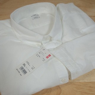 ユニクロ(UNIQLO)のオックスフォードスリムフィットシャツ【UNIQLO】(シャツ)