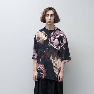 ラッドミュージシャン(LAD MUSICIAN)のLADMUSICIAN 花柄 Tシャツ レッド(Tシャツ/カットソー(半袖/袖なし))