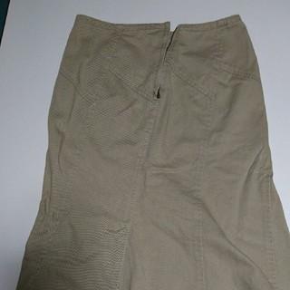 バーバリー(BURBERRY)のバーバリーセミタイトスカート(ひざ丈スカート)
