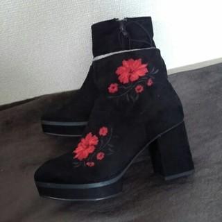 ジーユー(GU)のGU★刺繍ブーツ新品L黒(ブーツ)