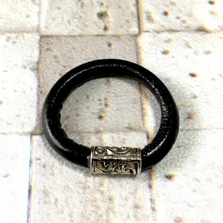 本革 レザー リング 指輪 チベットシルバー(リング(指輪))
