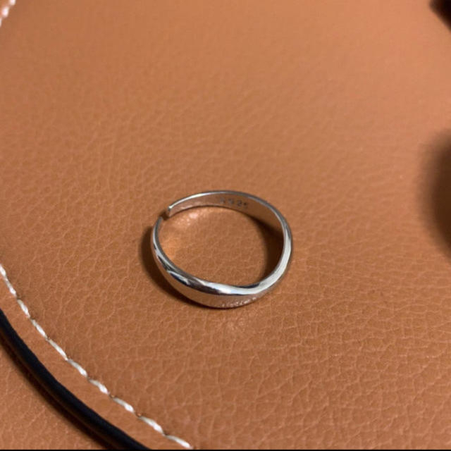 ZARA(ザラ)のインポート 不規則波形シルバー925シンプルリング 11号辺り レディースのアクセサリー(リング(指輪))の商品写真