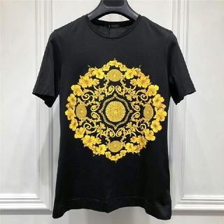 ヴェルサーチ(VERSACE)のVersace Tシャツ  メンズTシャツ  半袖  夏おしゃれ  ユニセックス(Tシャツ/カットソー(半袖/袖なし))