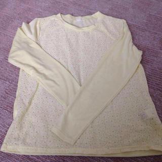 ジーユー(GU)のイエロー花柄 g.u 美品(Tシャツ(長袖/七分))