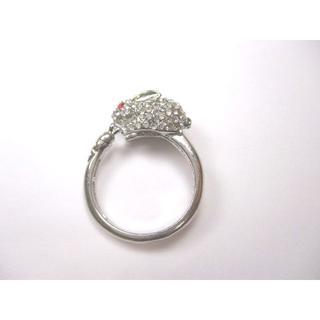 【新品】ラインストーン風デコうさぎの指輪 フリーサイズ(シルバー)【送料込み】(リング(指輪))