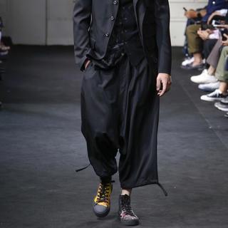 Yohji Yamamoto - 19ss ヨウジヤマモト オム LOOK1 サルエルバルーンパンツ キュプラ素材
