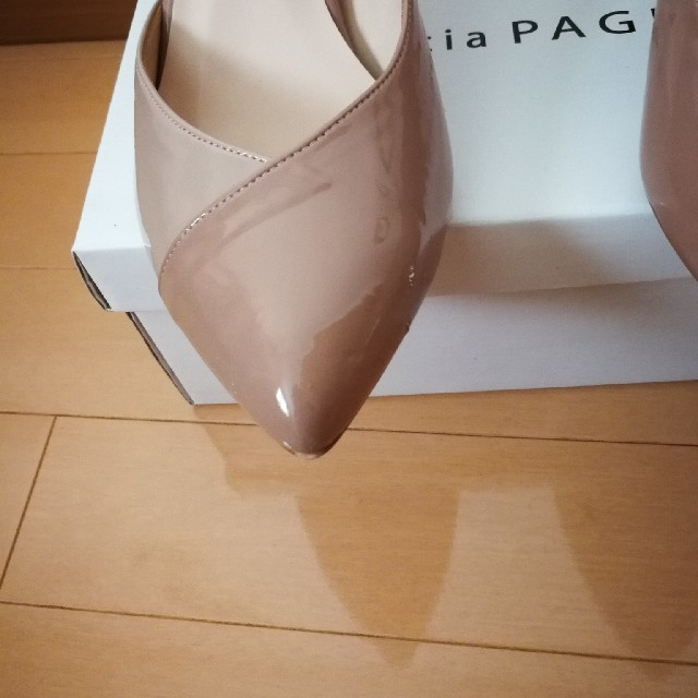 vanitybeauty(バニティービューティー)のバニティービューティーバイカラーストラップパンプス24cm レディースの靴/シューズ(ハイヒール/パンプス)の商品写真