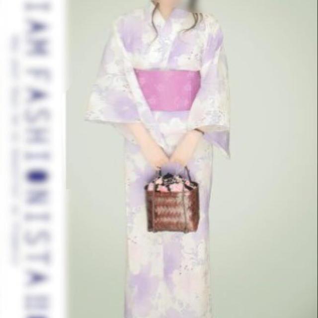 浴衣 花柄 白×パープル レディースの水着/浴衣(浴衣)の商品写真