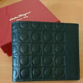 サルヴァトーレフェラガモ(Salvatore Ferragamo)のサルヴァトーレフェラガモ 財布 二つ折り ガンチーニ(折り財布)