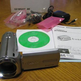 ビクター(Victor)のJVC エブリオ GZ-MS237 内臓メモリー16GB(ビデオカメラ)