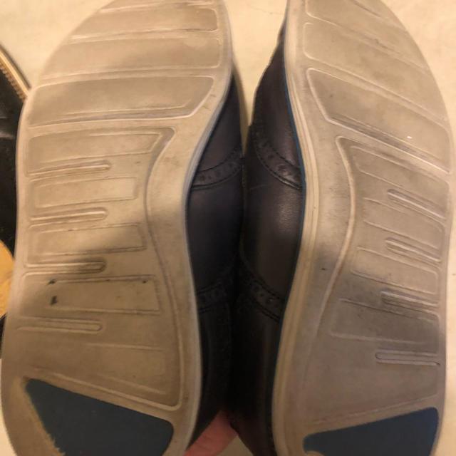 Cole Haan(コールハーン)のコールハーンネイビーレザースニーカー8 1/2 メンズの靴/シューズ(スニーカー)の商品写真