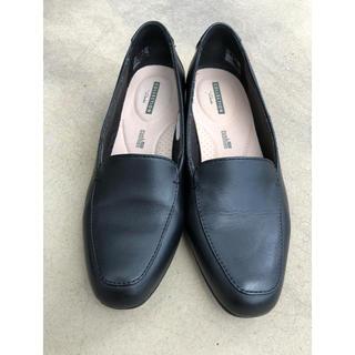クラークス(Clarks)のClarks  ローヒール 23cm 黒色(ローファー/革靴)