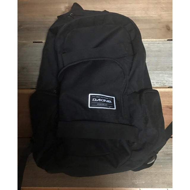 Dakine(ダカイン)の値下げ DAKAINE ミッション バックパック18ℓ メンズのバッグ(バッグパック/リュック)の商品写真