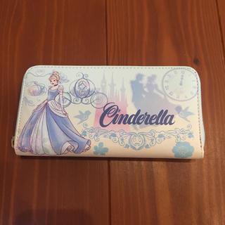 ディズニー(Disney)の新品未使用☆シンデレラ Disney ディズニー ラウンドファスナー 長財布(長財布)