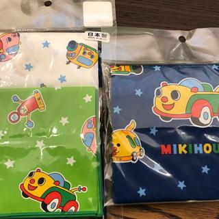ミキハウス(mikihouse)のミキハウスリュック美品とハンカチ2枚未使用品巾着未使用品(ランチボックス巾着)