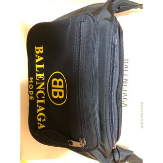 バレンシアガ(Balenciaga)の【BALENCIAGA】エクスポーラーベルトバッグ BB Mode週末限定!(ボディーバッグ)
