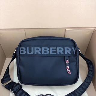 バーバリー(BURBERRY)のBURBERRY★バーバリー クロスボディバッグ CODE-BB(ショルダーバッグ)