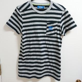 アディダス(adidas)のアディダスオリジナルス ボーダー  胸ポケット Tシャツ(Tシャツ/カットソー(半袖/袖なし))