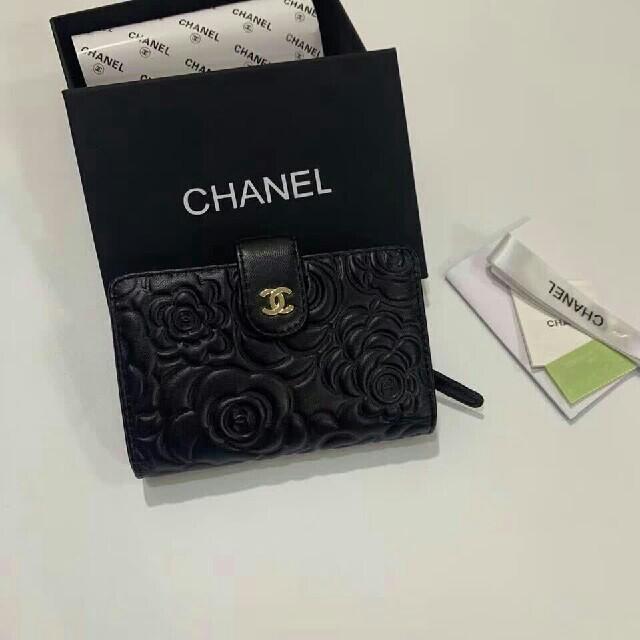 自動車 時計 、 CHANEL - シャネル 折り財布 小銭入れ レディースの通販 by ヒキラ's shop|シャネルならラクマ